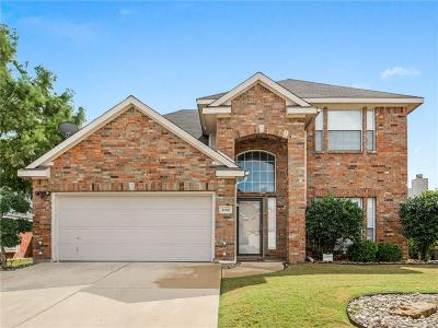Arlington TX Single Family Home For Sale: $260,000