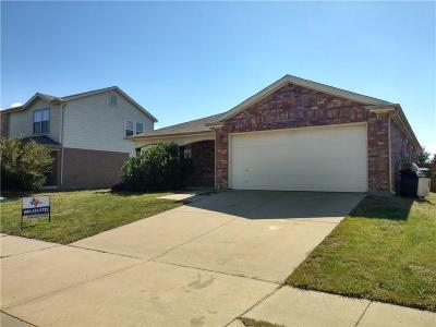 Cross Roads Single Family Home For Sale: 8912 King Ranch Drive