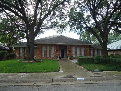 Dallas County Single Family Home For Sale: 9224 Middle Glen Drive