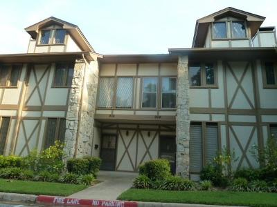 Bedford Residential Lease For Lease: 908 Chateau Valee Circle