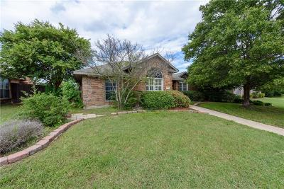 Lewisville Single Family Home For Sale: 1529 Waterford Drive