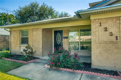 Richardson Single Family Home For Sale: 1231 Ridgeway Drive