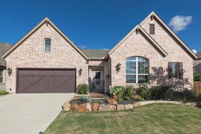 McKinney Single Family Home For Sale: 304 Grove Park Place
