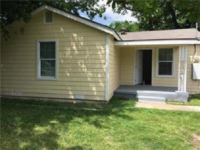 Fort Worth Single Family Home Active Contingent: 4249 Avenue G