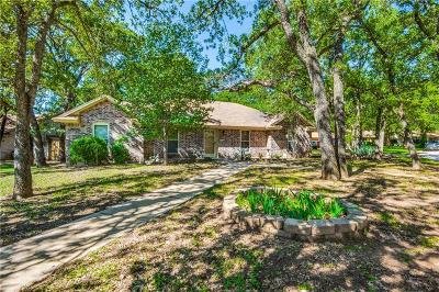 Azle Single Family Home For Sale: 1009 Lake Ridge Drive