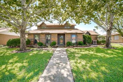 Rowlett Single Family Home For Sale: 8802 Deerwood Drive