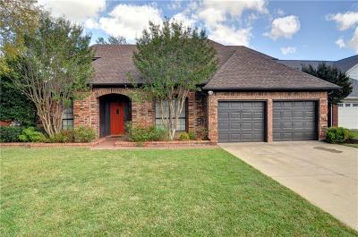 Arlington Single Family Home For Sale: 5617 Misty Crest Drive