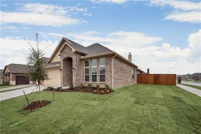 Fort Worth Single Family Home For Sale: 5949 Dunnlevy Drive