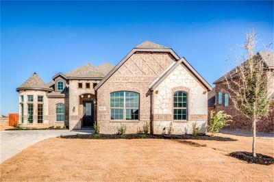 Midlothian Single Family Home For Sale: 833 Rustic Trail