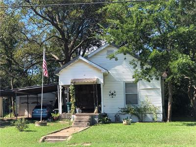 Single Family Home For Sale: 902 S Montgomery Street