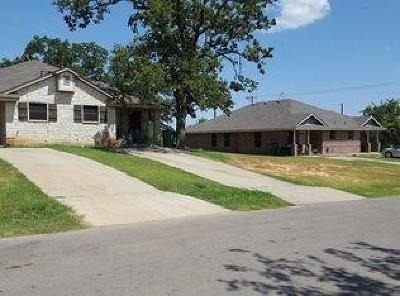 Springtown Multi Family Home For Sale: 302 N Avenue E
