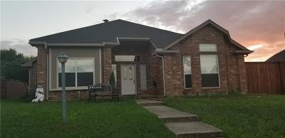 Rowlett Single Family Home For Sale: 8817 Pheasant Run Drive