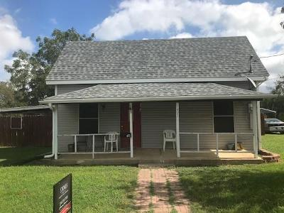 Stephenville TX Single Family Home For Sale: $107,500