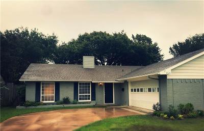 Grand Prairie Single Family Home For Sale: 1621 4th Street