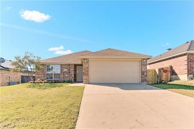 White Settlement Single Family Home For Sale: 9225 Alyssa Drive