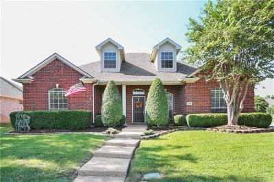 Lewisville Single Family Home For Sale: 1200 Valley Oaks Drive
