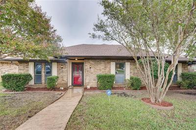Carrollton Single Family Home For Sale: 1036 Cherrywood Lane