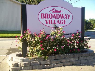 Townhouse For Sale: 5010 Palo Alto Drive
