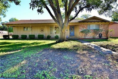 North Richland Hills Single Family Home Active Option Contract: 4516 Mackey Drive