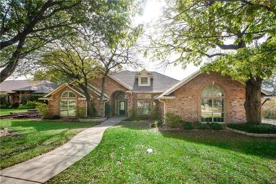Fort Worth Single Family Home For Sale: 11813 Blue Creek Drive