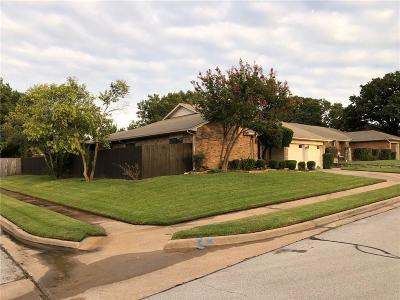 Bedford Single Family Home For Sale: 3716 Teal Lane