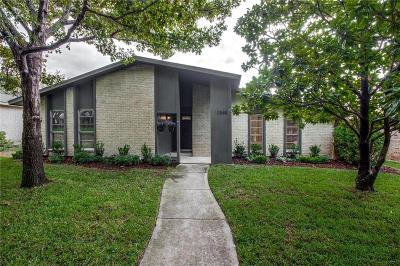 Single Family Home Active Option Contract: 10848 Villa Haven Drive