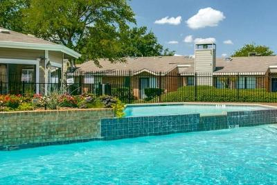 Colleyville Condo For Sale: 2105 Cottage Oak Lane