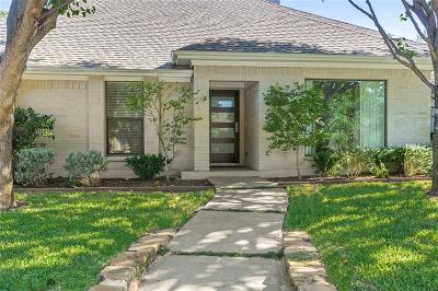 Dallas Single Family Home For Sale: 9031 Woodhurst Drive