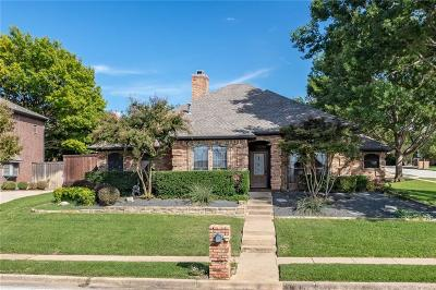 Keller Single Family Home For Sale: 993 Dove Meadows