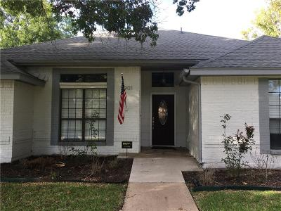 Rowlett Single Family Home Active Contingent: 8901 Briarwood Drive