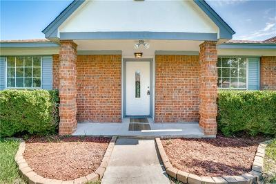 Garland Single Family Home For Sale: 3106 Fairwood Drive