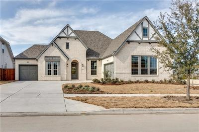 Fort Worth Single Family Home For Sale: 1708 Oak Trail Drive