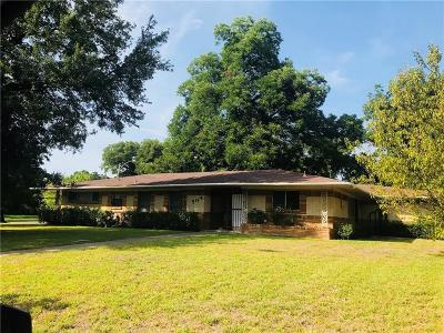 Dallas Single Family Home For Sale: 2504 W Five Mile Parkway
