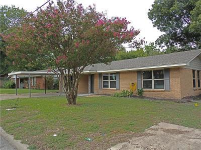 Kaufman Single Family Home For Sale: 205 E 11 Street