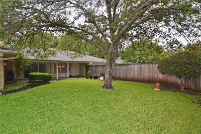 Dallas Single Family Home For Sale: 7047 Town Bluff Drive