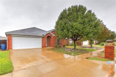 Granbury Single Family Home For Sale: 4815 Topaz Lane