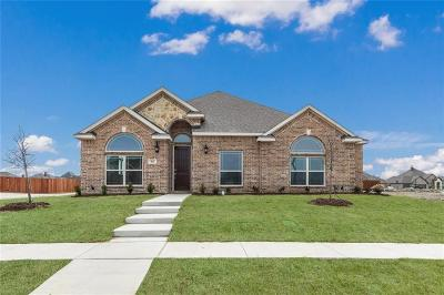 Waxahachie Single Family Home For Sale: 462 Harvest Grove