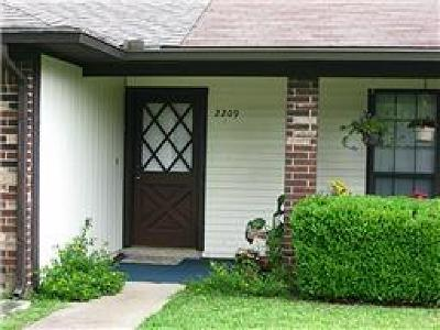 Garland Residential Lease For Lease: 2209 Jamie Drive