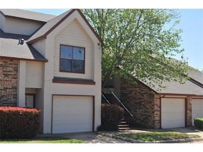 Hurst Residential Lease For Lease: 821 W Harwood Road #B