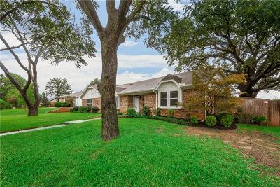 Grapevine Single Family Home For Sale: 2316 Mockingbird Drive