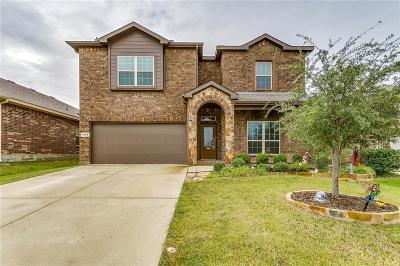 Fort Worth Single Family Home For Sale: 4000 Lazy River Ranch Road