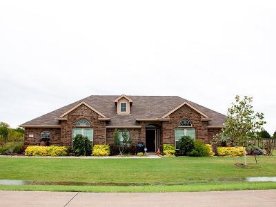 Waxahachie Single Family Home For Sale: 336 Cambridge Court