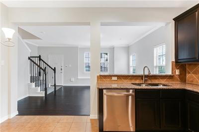 Fort Worth Townhouse For Sale: 6900 Carrington Lane