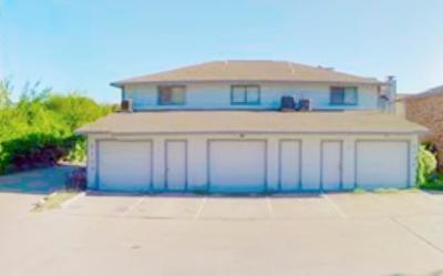 Multi Family Home For Sale: 2109 W Walnut Street