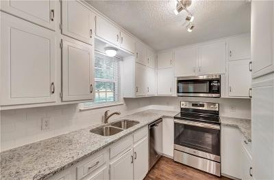 Richland Hills Residential Lease For Lease: 2833 Kingsbury Avenue