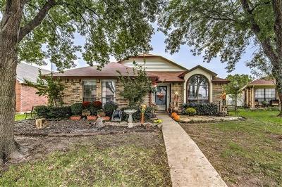 Grand Prairie Single Family Home For Sale: 2906 Trilene Drive