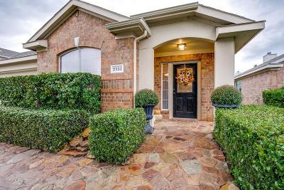 Grand Prairie Single Family Home For Sale: 2551 Taos Drive