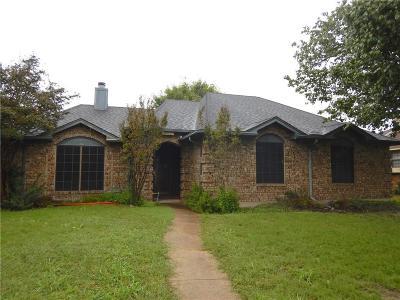 Rowlett Single Family Home For Sale: 2413 University Drive