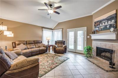 McKinney Single Family Home For Sale: 9005 Regal Oaks Drive
