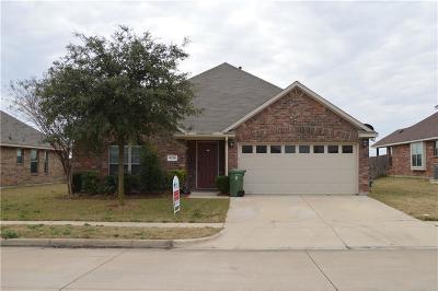 Arlington TX Single Family Home For Sale: $240,900
